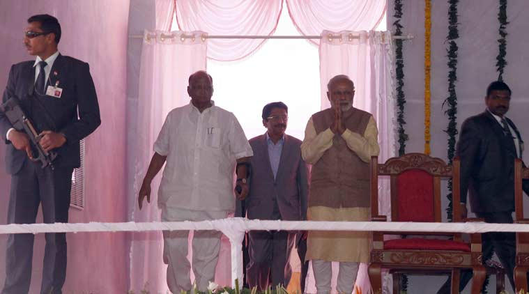 Prime Minister Narendra Modi and Sharad pawar at the foundation stone laying ceremony of the Center of Excellence for Vegetable Production in Baramati on Saturday which is being set up as a part of an an Indo-Dutch Action Plan. (Source: Express photo by Pavan Khengre)