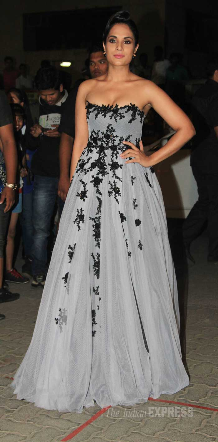 richa chadha, richa at filmfare awards
