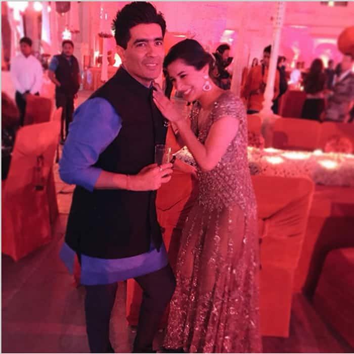 sophie choudry, manish malhotra, sanjay hinduja wedding
