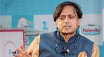 Shashi Tharoor calls Narendra Modi a master communicator at work