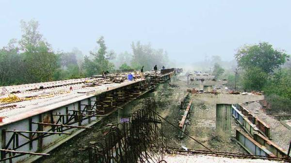 A half-made flyover at Teen Paani (Source: Jay Mazoomdaar)