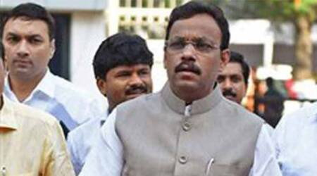 Degree row: Criticise me, not institution, says Vinod Tawde