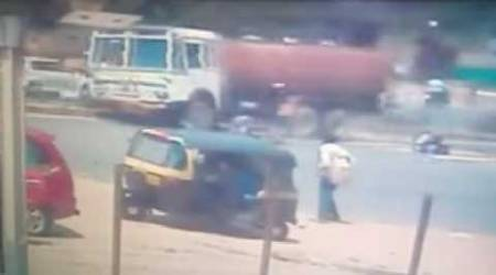 Two school students killed as truck hits auto-rickshaw in Jamnagar