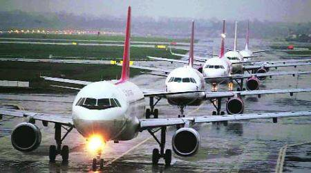 For a safe flight, Pune cops ban high intensity light beams again