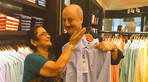 anupam-kher-mother-480