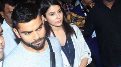 PHOTOS: Anushka Sharma returns from Australia, hand-in-hand with boyfriend Virat Kohli