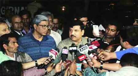 After weeks of public acrimony, thaw in AAPcamps