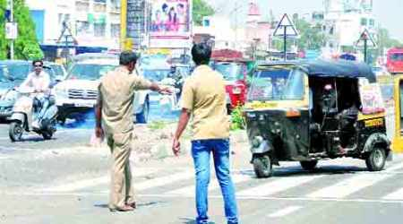 Auto, taxi drivers plan sit-in on April 7, services may be hit