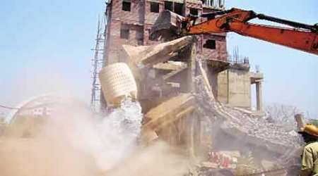 AMC razes 7 illegal buildings