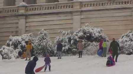 Video: Washington sledders ignore police ban, slide down Capitol Hill