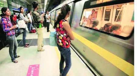 delhi metro, man kills self, metro, yellow line, metro yellow line, delhi metro service, chattarpur metro, news, delhi news. suicide in metro, suicide, metro in delhi, DMRC
