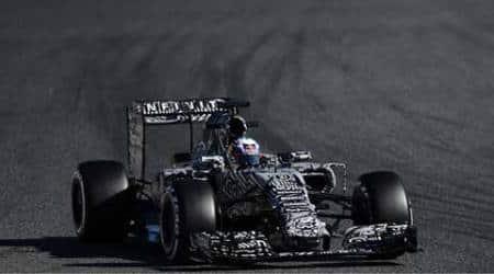 Daniel Ricciardo happy to assume the burden ofexpectation