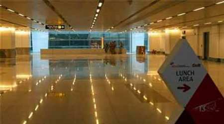 IGI airport immigration officer held for harassing woman flyer