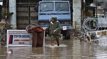 J&K floods: 8 NDRF teams rushed to the valley, IAF keeps Mi-17s on standby