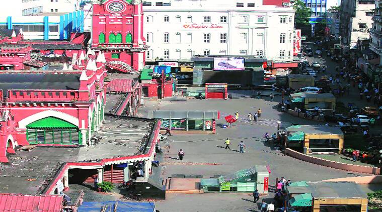 Illegal hawkers at New Market in Kolkata on Thursday; the market wears a deserted look. Subham Dutta