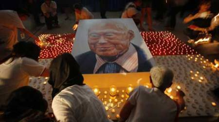Singapore bids farewell to founding father Lee Kuan Yew in elaborate funeral