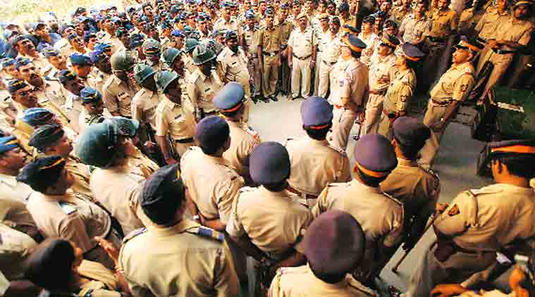 Mumbai police, Rakesh Maria, maharashtra Health Minister, Deepak Sawant, Vakola Police station, Alcohol Anonymous, NGO, de-addiction, police medical facilities, Health facilities, mumbai news, mahrashtra news, india news, nation news, news