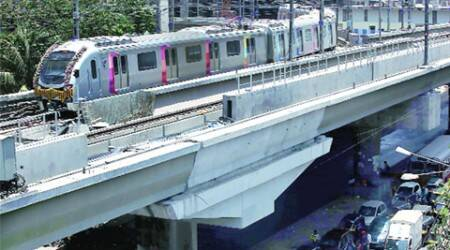 Disruption in power supply halts Metro services for 10 minutes