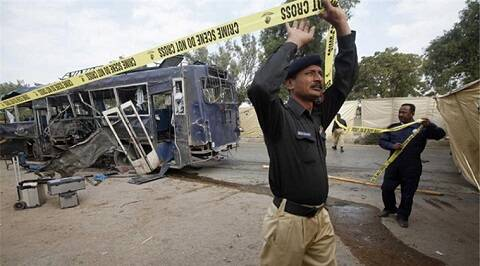 Pakistan, Karachi, Karachi blast, karachi bomb, karachi police, karachi police attacked, karachi bus attacked, pakistan police, pakistan police bus, world news