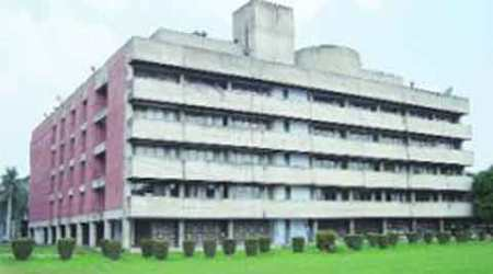 Rollback of proposed PU fee hikedemanded