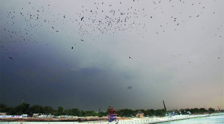 An overcast sky in Ahmedabad on Thursday. (Source: Express photo by javed Raja)