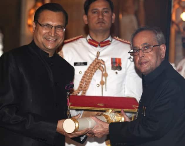 Rajat Sharma, Padma awards, Padma awards 2015, Bharat Ratna awards, Padma Shri,LK Advani, Advani, President of India, Pranab Mukherjee, PM Modi, 2015 Padma awards, Padma award photo, Padma bhushan, PAdma Bibhusan, India news, top stories