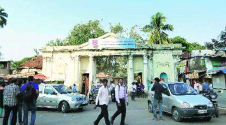 Crackdown on touts in RTOs: Agents approach HighCourt