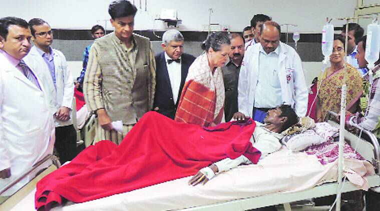UPA chairperson Sonia Gandhi meets an injured in the train miahap, at Trauma Centre, in Lucknow on Saturday. (Source: Express photo by Vishal Srivastav)