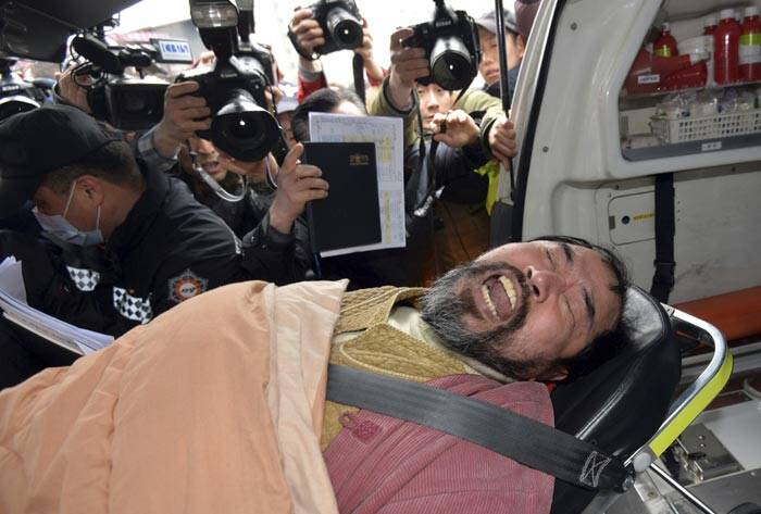 south korea attack, mark lippert attack, US ambassador attack, US envoy attack, US ambassador Mark Lippert, South Korea, south korea Knife attack, south korea news, asia news, world news, picture gallery, indian express