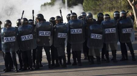 Spain: Police arrest 26 in crackdown on anarchist group