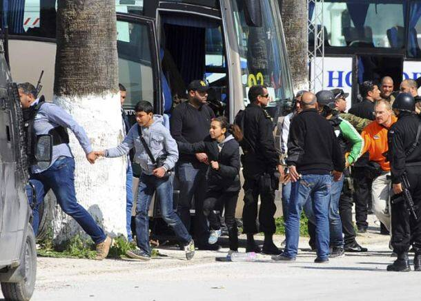 Tunisia attack, Tunis attack, Bardo, Bardo museum, ISIS, Islamic state, Tunisia national museum, Habib Essid, Tunisia PM, National Bardo Museum, Tunia death toll, Tunis attack dead, Tunisa museum attack, world news, Tunisia protest, international news, Tunisia attack photos, Tunisia