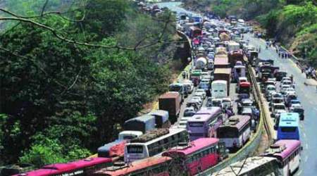 AIMTC threatens to stop commercial vehicles' entry in Delhi