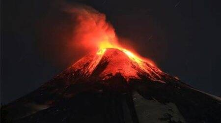 Video: Villarrica volcano erupts in southern Chile, thousands flee