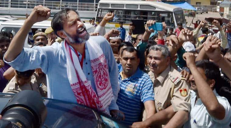 yogendra yadab, AAP, aam aadmi party, AAP news, kejriwal, prashant bhushan, AAP rift, AAP split