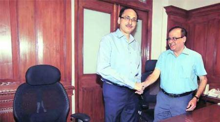 Sitaram Kunte out, Ajoy Mehta is new BMC chief