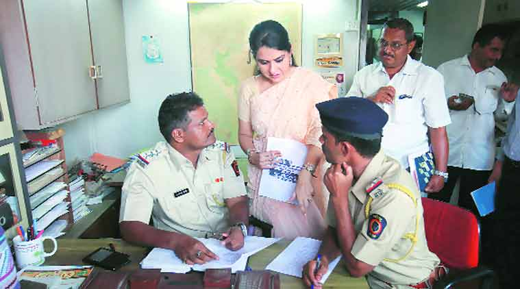 Shaina NC files a police complaint. (Express photo by: Vasant Prabhu)