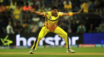 IPL 8: CSK thump MI by six wickets at Wankhede