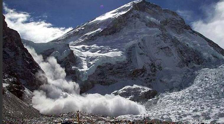 avalanche mt everest, nepal quake, earthquake