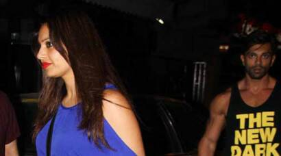 Rumoured couple Bipasha Basu-Karan Singh Grover enjoy night out