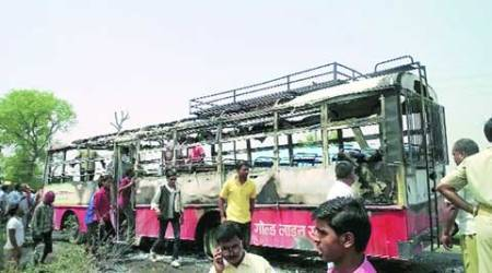 Amethi, Amethi bus fire, Amethi bus accident, Amethi bus mishap, India news, city news, lucknow news, local news