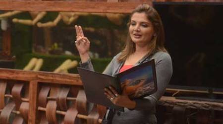 'Bigg Boss 8' contestant Deepshikha Nagpal restrains husband from entering home