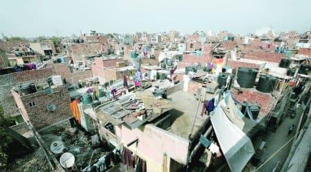 Delhi, Delhi slums, delhi storm, Arjun Das Camp, East Kidwai Nagar, Delhi shanties damaged, construction site, delhi squall, delhi news, indian express news