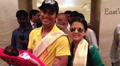 IPL 8: MS Dhoni with his princess Ziva in Chennai