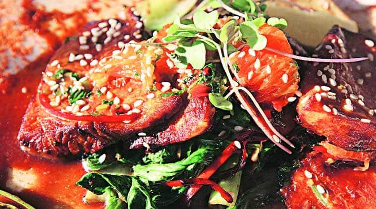 talk, express talk, sunday talk, food, food review, Meherchand Market