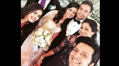 Genelia, husband Riteish Deshmukh at family wedding