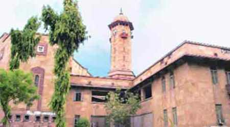 Gujarat University rolls out 10 per cent quota forEBCs