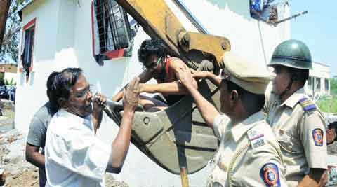 illegal-thumb
