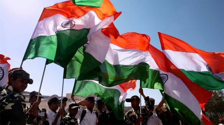 Junoon Theatre, Patriotism, insolence, flag disprespect, nationl anthem disrespect, Satyam Viswanathan column, indian express, column ie column