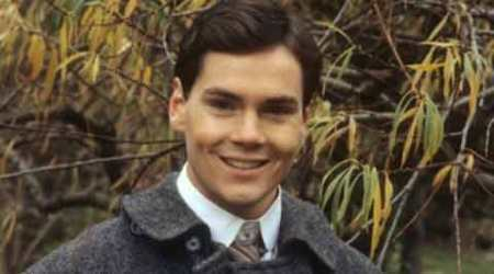 Actor Jonathan Crombie dies at 48