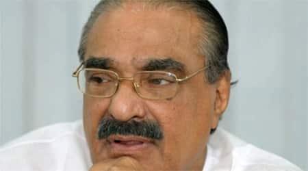 Kerala bar bribery row: K M Mani says won't meet AmitShah